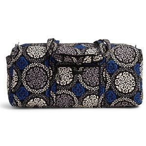 Gently used Vera Bradley Large duffle bag.